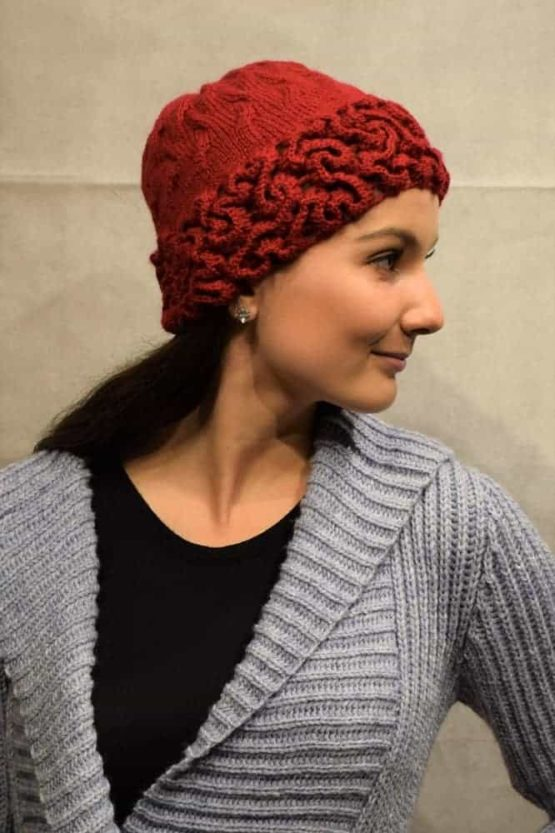 Red coral hat