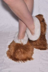 brown - white suri slippers