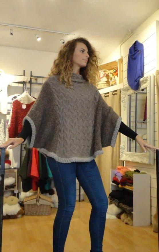 Gigi pullover- brown