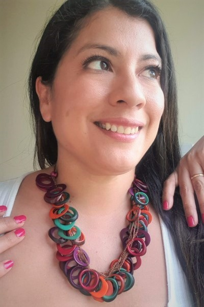 multi coloured loops necklace