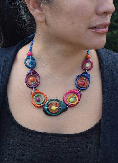 multicolor swirl necklace