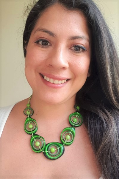 Green swirl Necklace
