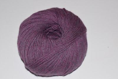 Alpaca-yarn-Violet M4403 DK