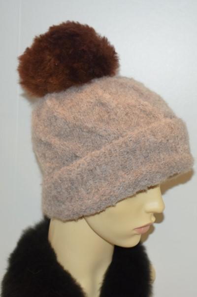 Beige hat - brown pom